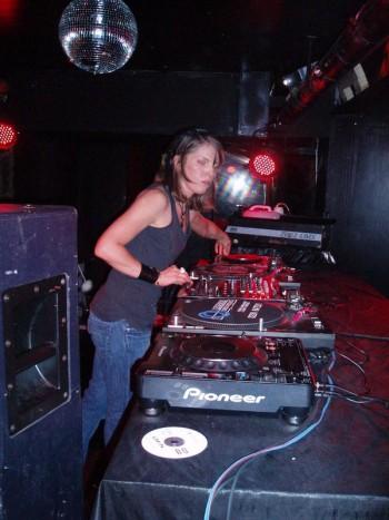 DJ Lunik