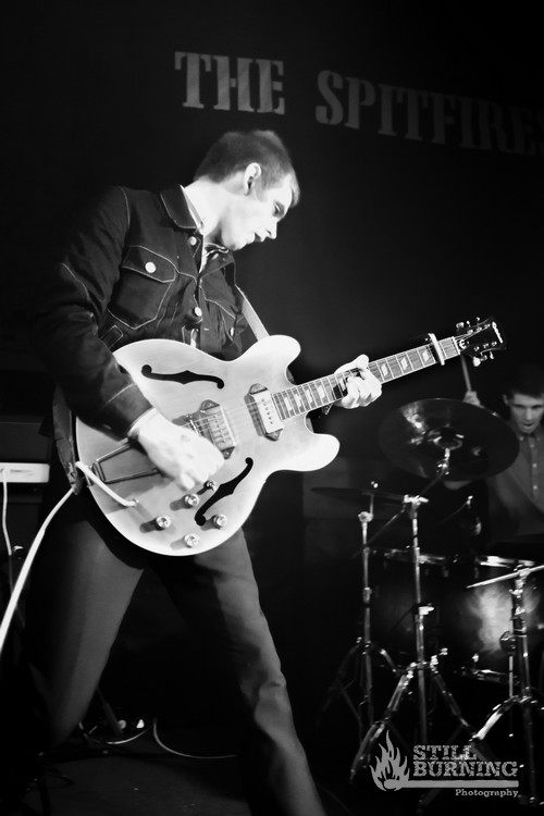 The Spitfires - Reading Rooms, Dundee - flaresnseagulls.com