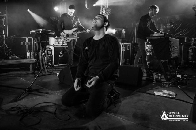 The Twilight Sad 2000trees 2015 - flaresnseagulls.com